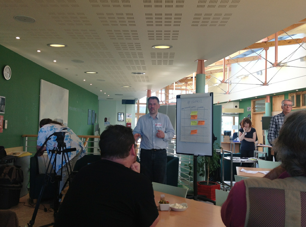 Sweyn Hunter introduces a session at Island GovCamp